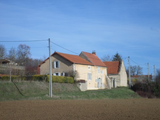 vente maison 5 MN AIGUEPERSE 6 pieces, 165m